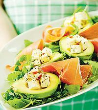 förrätt med avokado och skinka