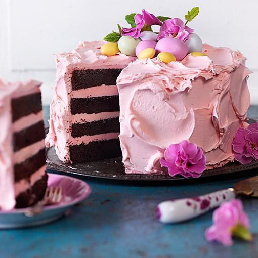 amerikansk chokladtårta med frosting